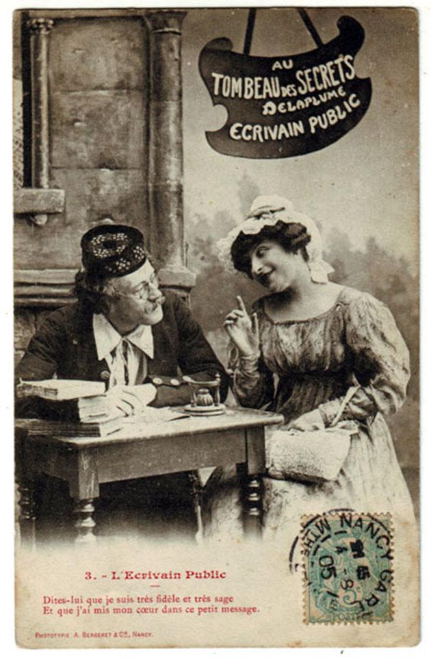Ecrivain public écrit une lettre d'amour pour une belle femme
